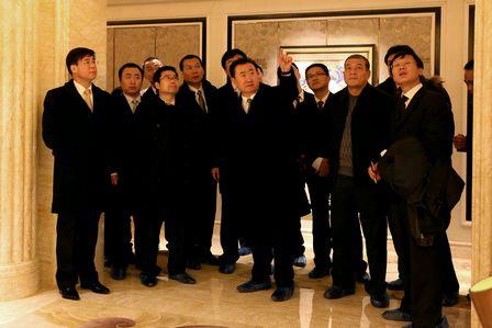 王健林董事長視察武漢瑞華酒店